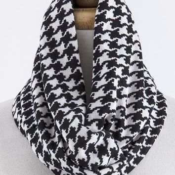 Monica Houndstooth Infinity Scarf