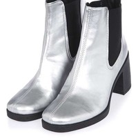 BARNABY Heeled Chelsea Boots - Shoes