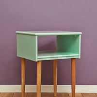Open Night Stand in Light Green - Urban Outfitters