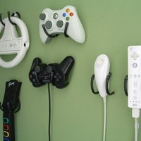 Game Controller Wall Clip  Xbox 360 Wii by laboratory424 on Etsy