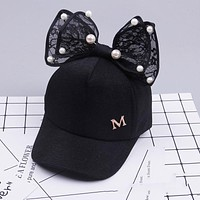 Lovely Lace Bow Girls Hats Children Baseball Cap Pearls Child Girls Caps Newyear Gifts For Spring Sun Hat Visors Caps