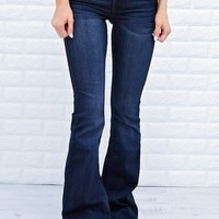 Must Have Dark Flare Jeans - Kan Can