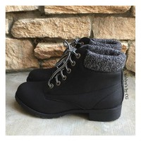 MDIGON1O Day First Bucket List Pepper Trim Black Bootie Boots, Ankle Boots