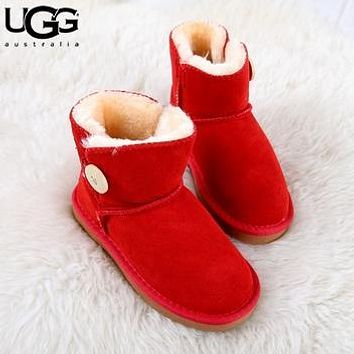 U UGG fashionable men's and women's UGG boots cowhide scrub cotton boots low boot flat heels