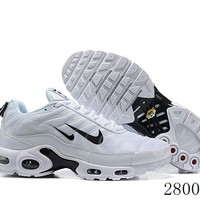 Hcxx 19July 1225 Nike Air Max Plus Tn Two Swoosh Logo Retro Sports Flyknit Running Shoes