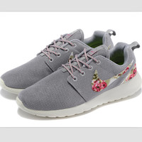 NIKE Women Men Running Sport Casual Shoes Sneakers Grey Print