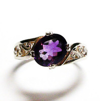 "Amethyst, amethyst ring, birthstone ring, purple jewelry, solitaire ring, purple,    s 9  ""Purple with a Twist"""