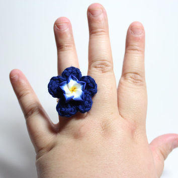 Blue plumeria ring. Blue flower crochet ring.