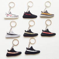 Mini Silicone YEEZY BOOST 350 V2 Shoes Keychain Bag Charm Woman Men Kids Key Ring Key Holder Gift SPLY-350 Sneaker Key Chain