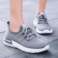 Fashion sports shoes women sneakers Breathable knitted  flying thread comfort casual sheos grey