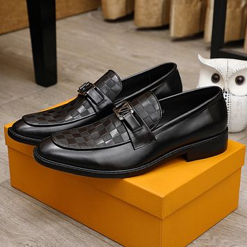 lv men fashion boots fashionable casual leather breathable sneakers running shoes 101