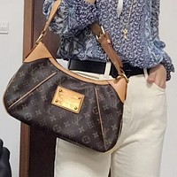 LV Louis Vuitton new underarm bag shoulder bag