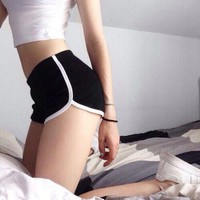 Solid color sports shorts Pants