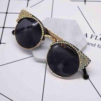 Fashion new personality retro cat diamond women sunglasses glasses Black