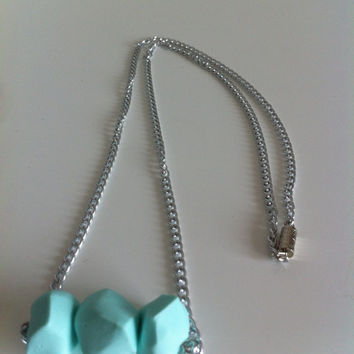 Geometric mint clay bead necklace