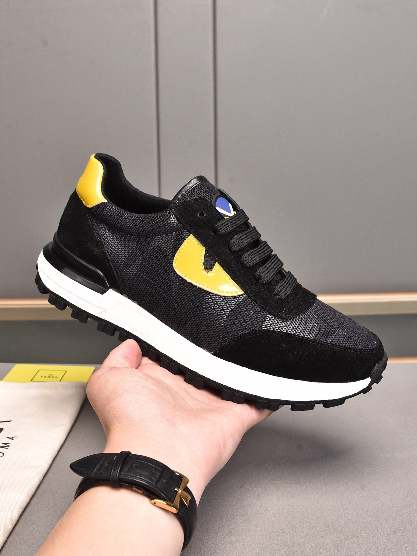 Image of FENDI 2021 Men Fashion Boots fashionable Casual leather Breathable Sneakers Running Shoes0525cx