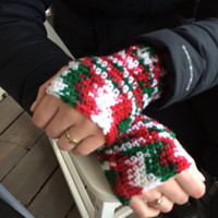 CHRISTMAS SPECIAL, Crochet Fingerless Mitts, Red and Green