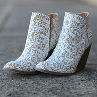 Very Volatile: Tallulah Lace Bootie