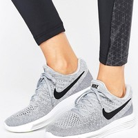 Nike Running Lunarepic Flyknit Low Trainers In Grey at asos.com