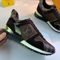lv louis vuitton womans mens 2020 new fashion casual shoes sneaker sport running shoes 251