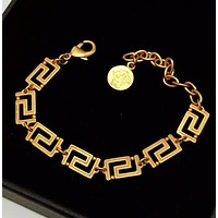 Versace New fashion bracelet accessories Golden
