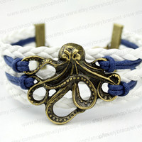 Octopus charm bracelet in a bronze - pirates of the Caribbean octopus charm bracelet - friendship gift - the best gift