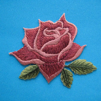 SALE~ 2 pcs Iron-On embroidered Patch Red Rose 2.4 inch