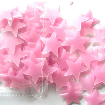 Top Grand 100Pcs 3D Stars Glow In The Dark Luminous Fluorescent Plastic Wall Stickers Home Decor Decals For Gift