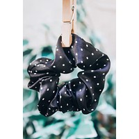 Dotty Scrunchie