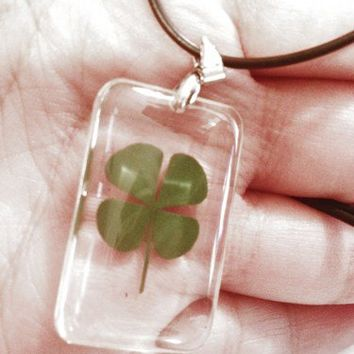 4 Leaf Lucky Clover Necklace Dog Tag Shaped Pendant