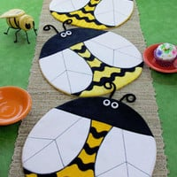 Table Runner Pattern, Bee Happy Table Topper Pattern, Bee Place Mats Pattern, Susie C Shore Designs