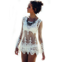 2016 Sexy Women Blusas See-through Crochet Lace Blouse Long Sleeve Beach Swimsuit Bikini Cover Up Embroidery Summer Women Tops