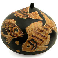 Fish Gourd Box crafted by Artisans in Peru
