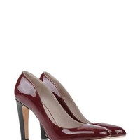 Marc Jacobs Closed Toe Slip Ons - Marc Jacobs Footwear Women - thecorner.com