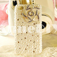 camellia iPhone case, pearl iPhone 5 case, iPhone 4s case with bling bling crystal, handmade iPhone 4 cases with flowers, gift