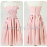 Ruffled Sweetheart Strapless A-Line Short Bridesmaid Dress, Knee length Chiffon Formal Evening Party Prom Dress New Homecoming Dress