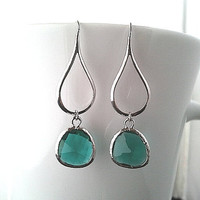 Silver Water Drop Emerald Green Drop Silver ,Drop, Dangle, Earrings,bridesmaid gifts,Wedding jewelry,mother's day gift