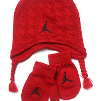 Houndstooth Hat & Mittens Set (Infant) by Air Jordan