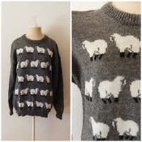 Vintage 80s New Zealand Pure New Wool Gray White Womens Novelty Print Sheep Pullover Knit Sweater