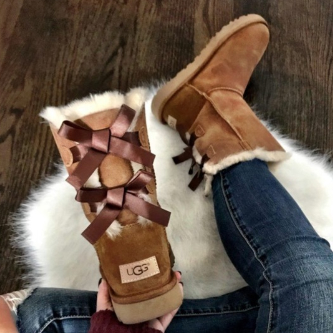 Image of UGG Fashion leisure bow boots