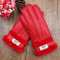 Ugg. Gloves Are Made With Thick Warm And Hand Stitched Leather Gloves In Winter.