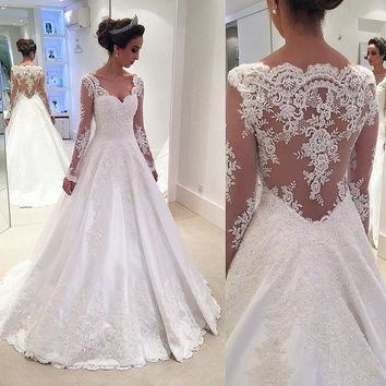 New Arrival White Wedding Dresses 2019 V-neck Long Sleeves A-Line Appliques Lace Bridal Gowns Vestido casamento