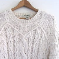 vintage white cable knit sweater. slouchy pullover sweater / size L