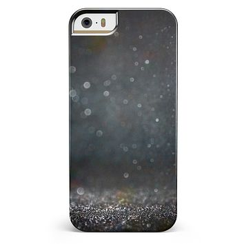 Black Unfocused Glowing Shimmer iPhone 5/5s or SE INK-Fuzed Case