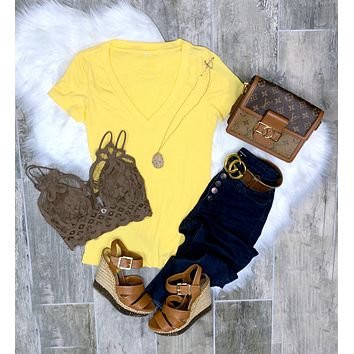 BASIC SHORT SLEEVE DEEP V TEE - YELLOW