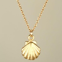 30PCS Seashell Necklace Sea Clam Shell Necklaces Nautical Ariel Mermaid Necklace Cute Conch Necklaces for Ocean Beach Party