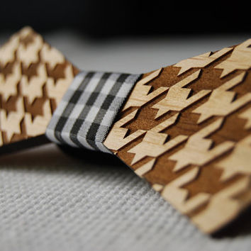 Wood Bow Tie Unique Design Engraved - Wooden Bow Tie / Boys Bowtie. Wood Bowtie. Wooden Bowtie - Mens Bow Tie. Hand Made - Personal Gift