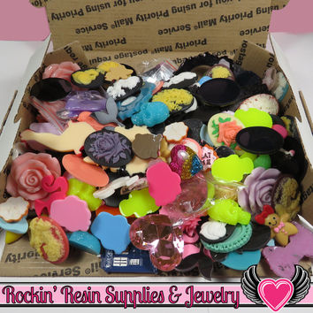 Priority Box Filled with Kawaii Cabochons & 30x40mm Resin Cameo Seconds