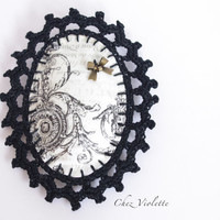 Brooch black crochet lace fabric romantic oval victorian