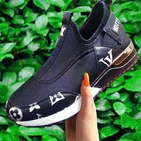 Louis Vuitton LV ladies sneakers new fashion letter logo printing casual socks sports shoes